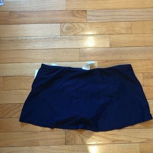 NEW Island Waves bathing suit skirt